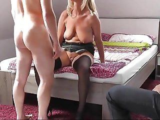 beautiful mature cuckold with clean up