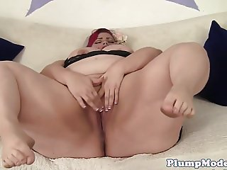 Hugetits BBW pleasures her cunt with toys