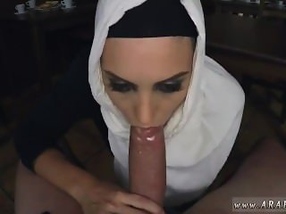 French arab amateur Hungry Woman Gets Food
