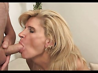 Mature Sweet Wake Up And Mouth Cum