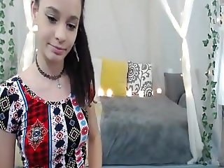Cute teenager small tits webcam