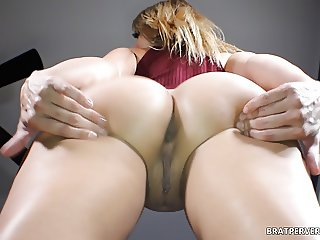 Thick Ass Babe Facesitting Session (POV)