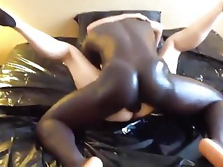 Love within a Cuckold Marriage