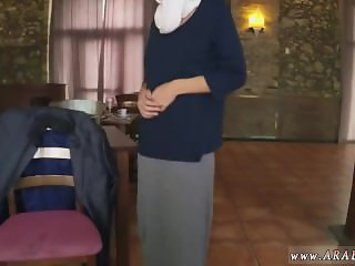 Amateur hidden hotel Hungry Woman Gets Food