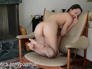 Nikkie Next pantie stuffing and pussy rubbing