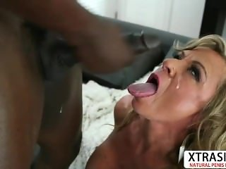 Big assed Not Aunt Missy Blewitt Gets Fucked Hot Hot Son's Friend