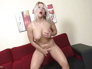 Mature mother with gorgeous body