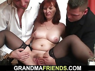 Her old pussy and mouth getting shared