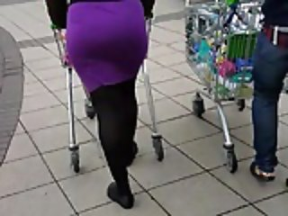 BhamBootyHunter: Black Ass Purple Skirt