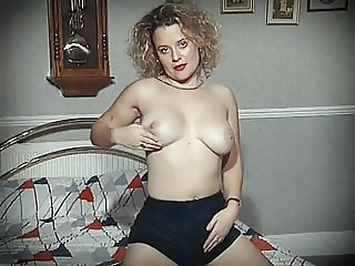 BETTER OFF ALONE? - bouncy tits dance & dildo play