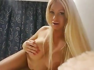 Hot Duch Celeb Samantha aka Barbie Masturbation Sextape