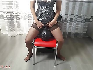 STRICT WIFE MIA FUCKS THE SLAVE'S FACE BY HER CUNT. ROUGH FA