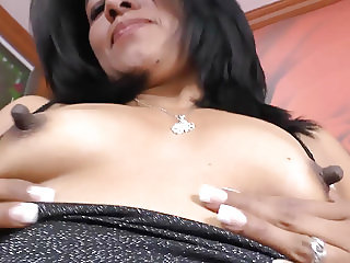 Latina milf Veronica plays with her 1 inch nipples