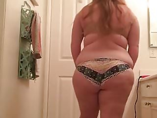 My chubby niece stripping off her bra and panties