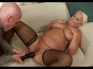 Blonde Chubby Mature Analy Fucked
