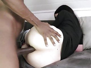 Decent interracial rim+creampie vid