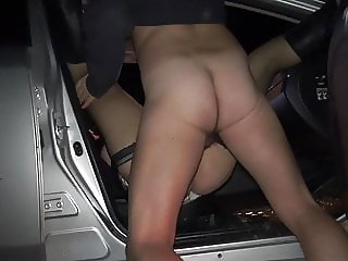 Slutwife Marion gangbanged by 20 strangers at a rest area