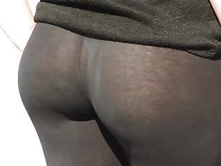 Very transparent black leggings
