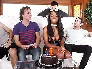 Anal Whore Daya Knight's First Time Gangbang