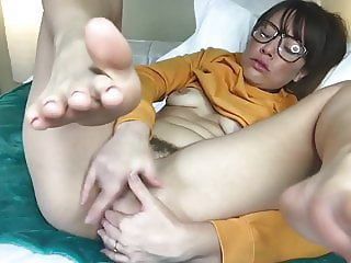 Bad mom masturbates on cam