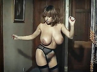 RHYTHM OF THE NIGHT - British huge tits dance tease