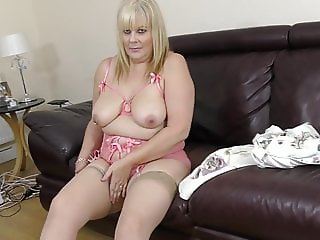 Mature BBW mother wants some love