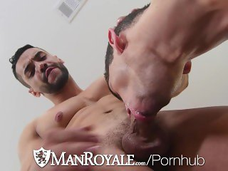 ManRoyale Muscle buddies fuck for quick workout