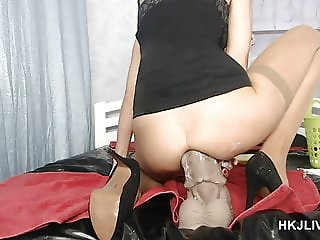 Hotkinkyjo on live cam with XXXL Seahorse dildo 20.09.2018