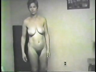 Vintage Wife Donna Full Frontal Nude