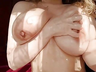 Oiling Sexy Tits