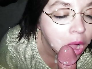 Sexy BBW Deepthroat Christmas Cumshot (Preview)