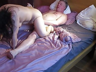 THAI BBW Mature Cowgirl hard rough fuck with British Bull