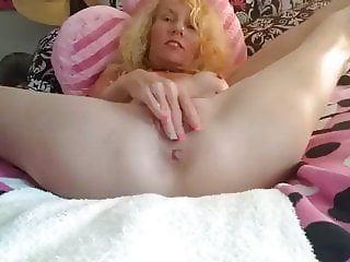 Cute mature masturbating solo