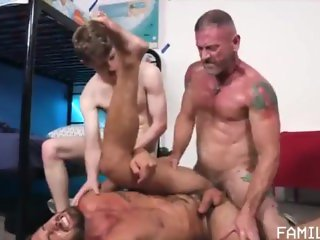 Masculine muscle daddy fucks a twink and cums inside a young muscle jock