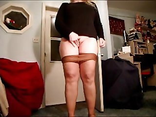 Pizza Delivery In Pantyhose