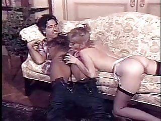 2 MILFs fcuking around with a big cock