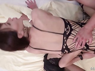 SHEMALE AMATEUR THREESOME WITH TWO TS AND GERMAN GUY