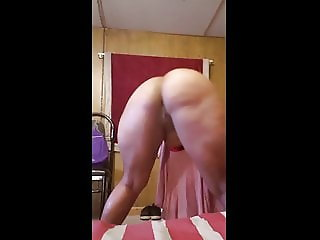 Ebony BBW Ass Shaking