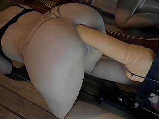 ENTIRE DEEP LONG AND HUGE ANAL DILDO