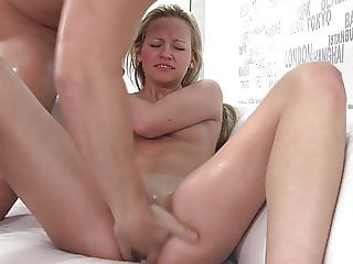 Squirting Queen at Czech Casting