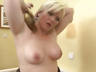 Amateur mom takes big cock