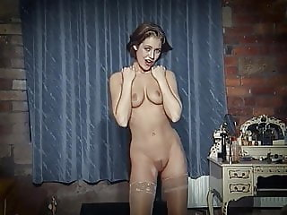 IN YOUR EYES - British beauty strip dance & dildo