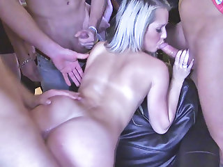 stunning busty cougar milf loves hard her new roommate boy
