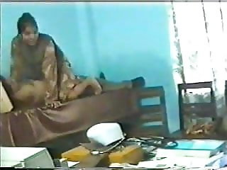 Bengali doctors in hospital (90s scandal)