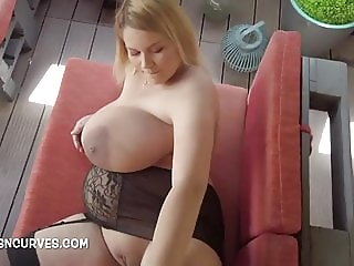 Beautiful Erin Star very pregnant