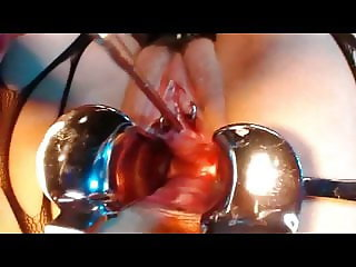 compil Female Urethral Sounding peehole insertions 2 H !!
