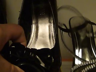 CUM IN NYLON, SHOEJOB HIGH HEELS MY WIFE