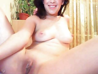Romanian cam whore doing banana