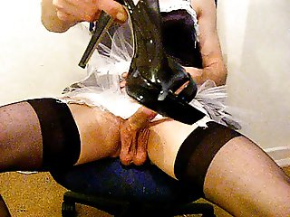 crossdresser maid