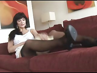 Brunette Mommy Posing 03